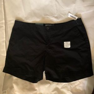 """NWT Old Navy 5"""" inseam shorts in black"""